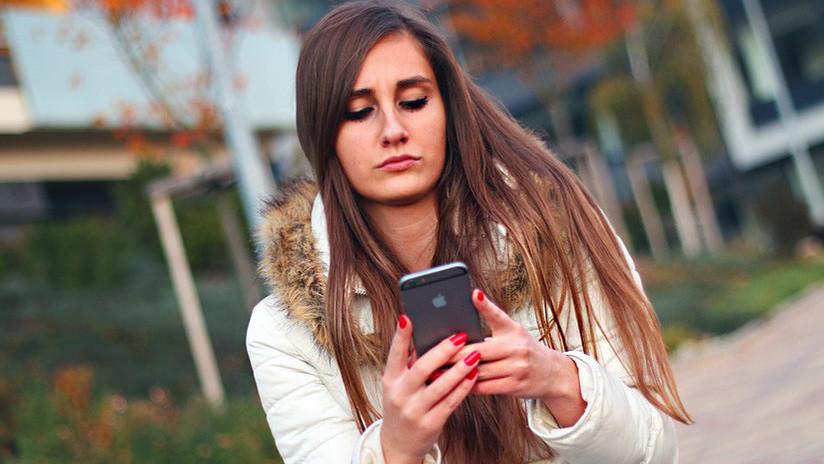 Un experto comprueba que la última actualización de los iPhone disminuye en dos veces su velocidad