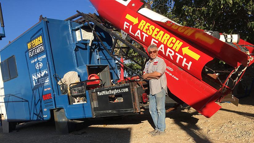 FOTOS: El terraplanista que intentó volar al espacio anuncia una nueva fecha de lanzamiento