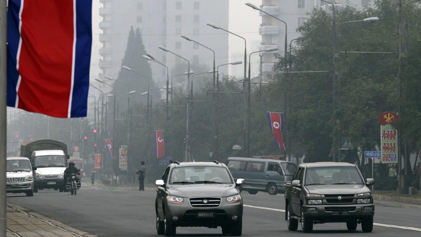 Corea del Norte exhibe el vehículo insignia de su nueva gama de producción nacional (FOTO)