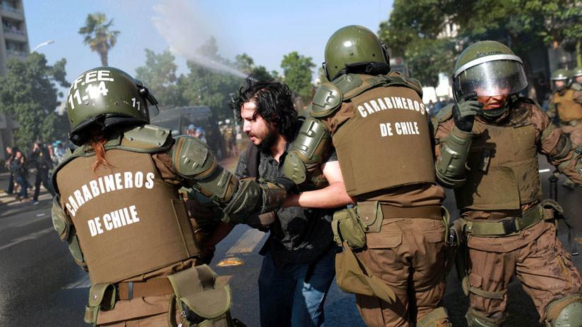 Más de 50 detenidos en las primeras horas del papa Francisco en Chile (VIDEOS)