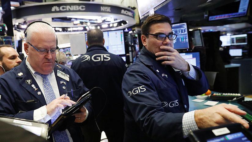 Euforia en Wall Street: Dow Jones rebasa barrera de los 26000 puntos