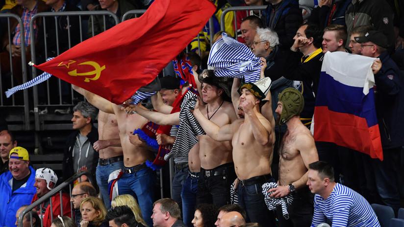 Los deportistas rusos podrían participar en los JJ.OO. de Invierno con bandera soviética