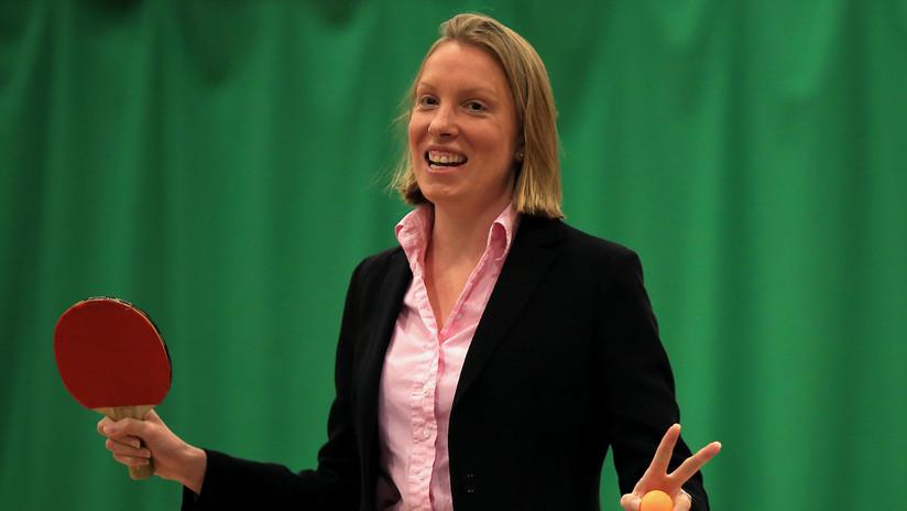 """""""Nos afecta a todos"""": nombran la primera 'ministra de la soledad' del Reino Unido"""