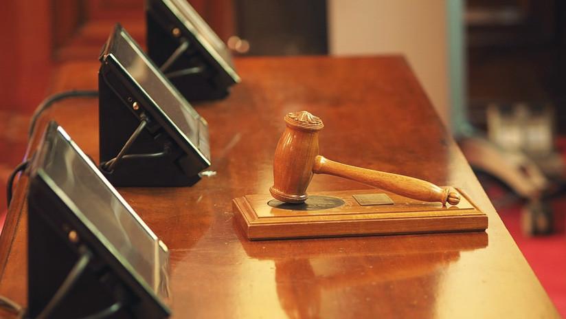 En pleno jucio: Un fiscal dispara y mata a un adolescente acusado de portar armas