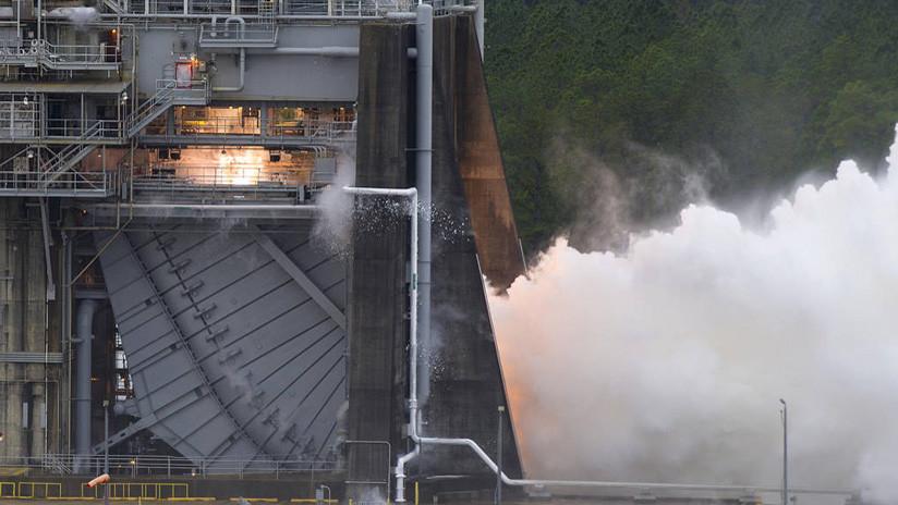 VIDEO: La NASA prueba el motor que propulsará al hombre hacia Marte