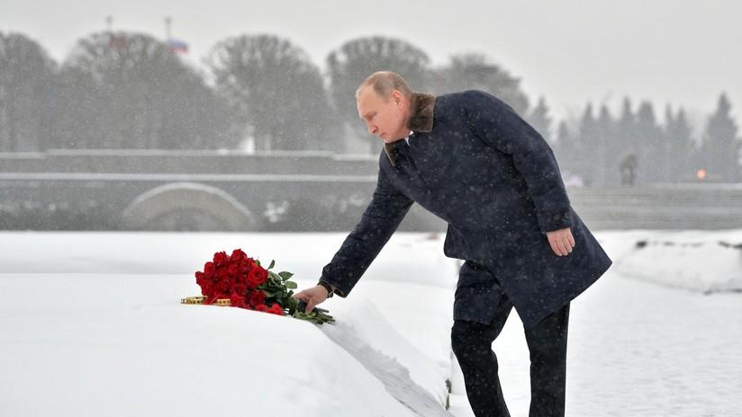 VIDEO: Putin homenajea a las víctimas del sitio de Leningrado