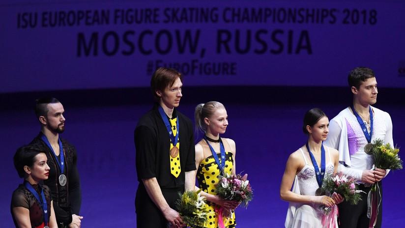 Deportistas rusos de patinaje artístico en pareja ocupan todo el podio del Campeonato de Europa