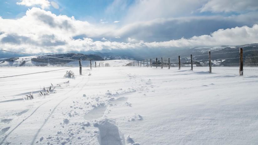 FOTOS, VIDEO: Aparecen extraños anillos de nieve en Escocia