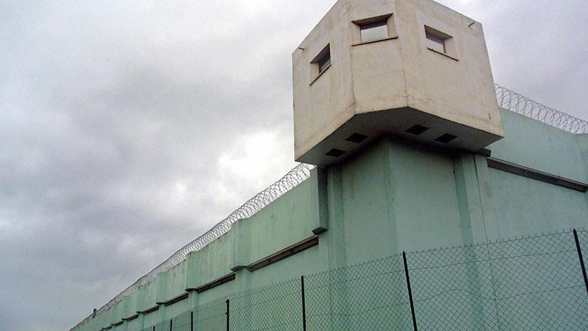 """Un preso apuñala a dos guardias en una cárcel francesa al grito de """"Alá es grande"""""""