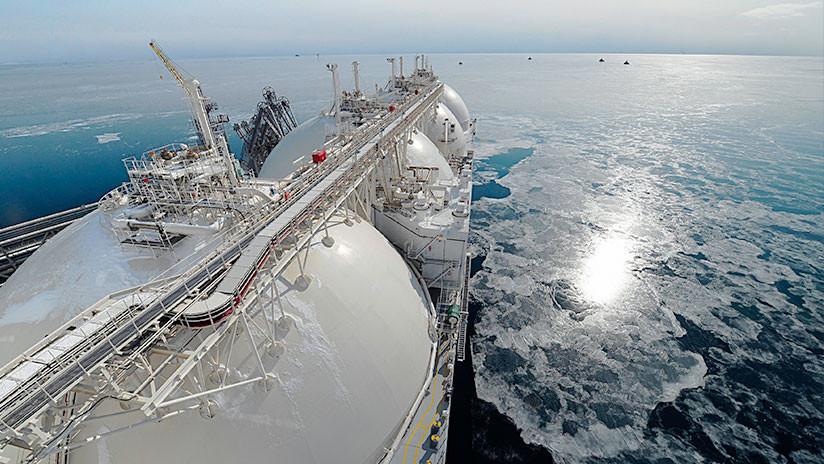 Un barco con gas licuado extraído de Rusia da media vuelta antes de llegar a EE.UU.
