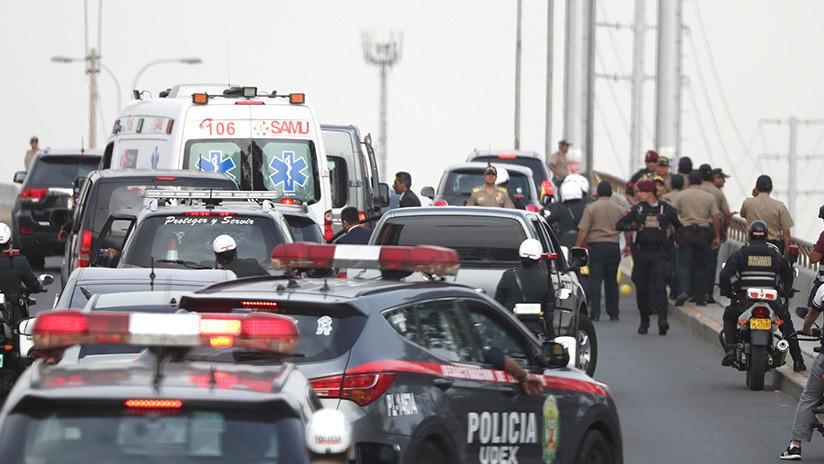 VIDEO: El papa, de coche en coche, para no llegar tarde a su reunión con el presidente de Perú