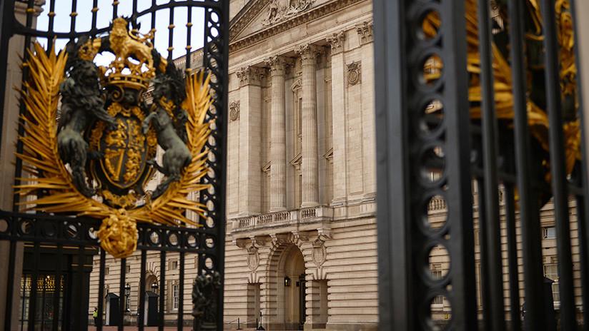 Caja del tiempo: Descubren en el Palacio de Buckingham objetos de la era victoriana (FOTOS y VIDEO)