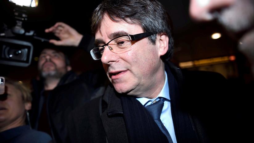 España: El juez rechaza reactivar la euroorden de detención contra Puigdemont