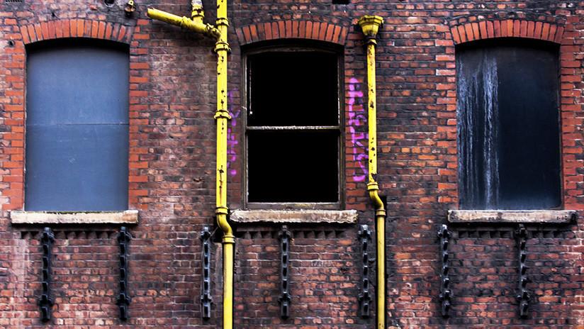 FOTOS, VIDEO: Explorador urbano realiza espeluznante hallazgo en un edificio abandonado