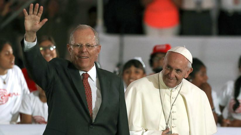 La curiosa reflexión política del presidente de Perú antes de la partida del papa Francisco (Video)