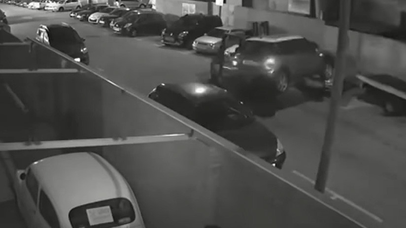 Video: Roba un coche en Barcelona con esta herramienta nada común