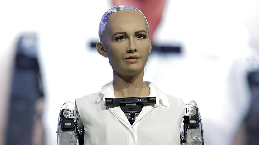 El robot Sofía, portada de una de las revistas de moda más importantes del mundo