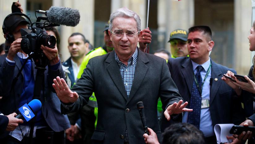 Así evitó Uribe responder a una pregunta sobre la violación de una periodista