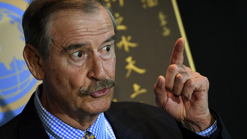 """Todo México te repudia"", recriminan migrantes al expresidente Vicente Fox en Nueva York (VIDEO)"