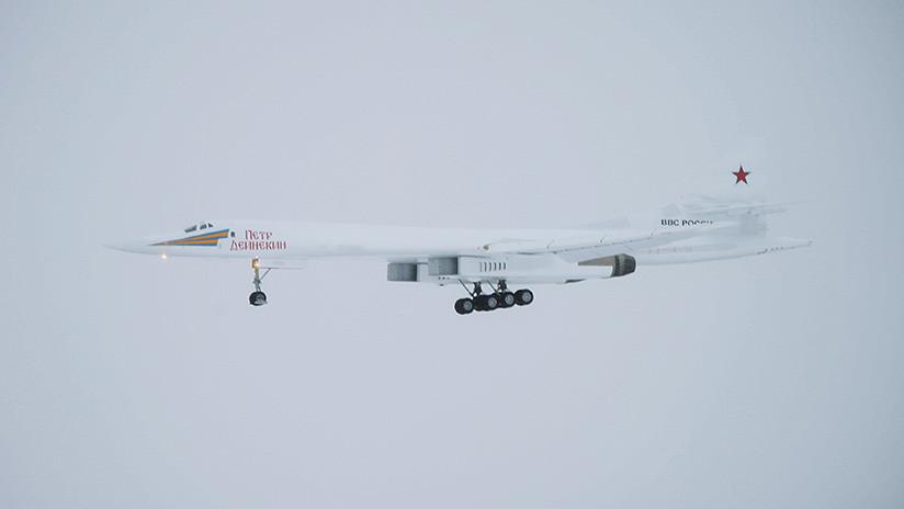 VIDEO: El bombardero estratégico modernizado Tu-160 realiza un vuelo de prueba