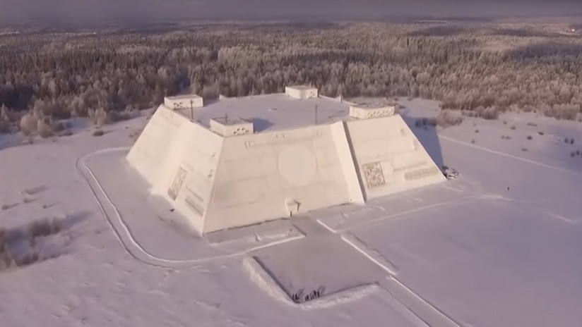VIDEO: Un dron graba una estación de radar rusa que parece sacada de 'Star Wars'