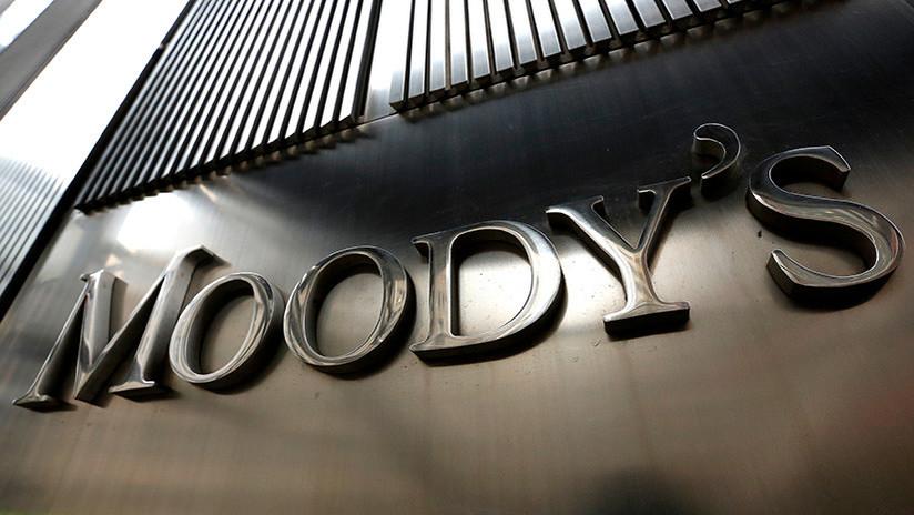 Moody's eleva a positivo el pronóstico sobre calificación soberana de Rusia