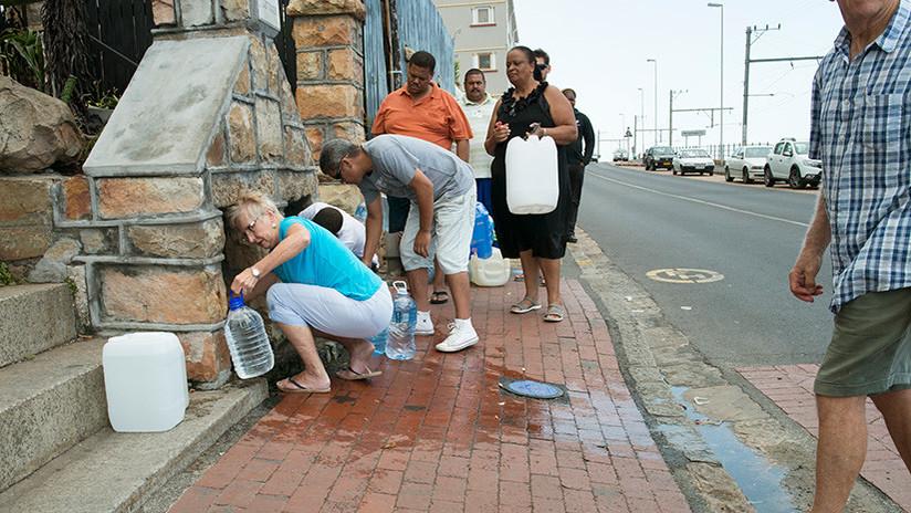"""""""Hemos llegado al punto de no retorno"""": A esta ciudad le faltan solo semanas para quedarse sin agua"""