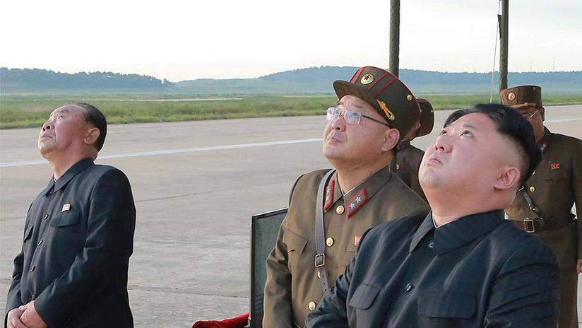 """Informe: Kim Jong-un casi ha gastado el """"fondo de sobornos"""" de su padre en pruebas nucleares"""
