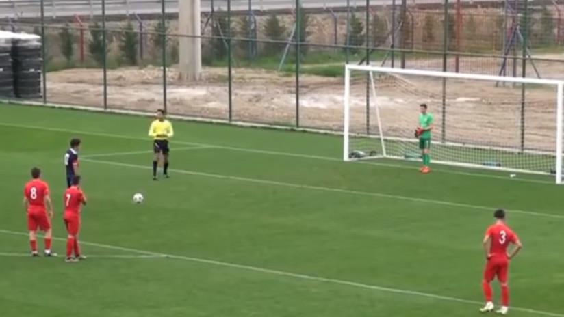VIDEO: El gran gesto de 'fair play' de un futbolista de 16 años en Turquía