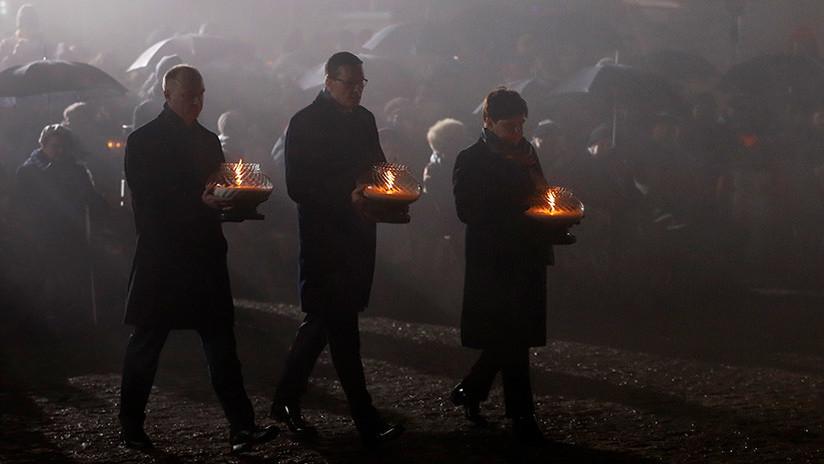 VIDEO: Rezos, lágrimas y velas en Auschwitz por los millones de víctimas de Holocausto