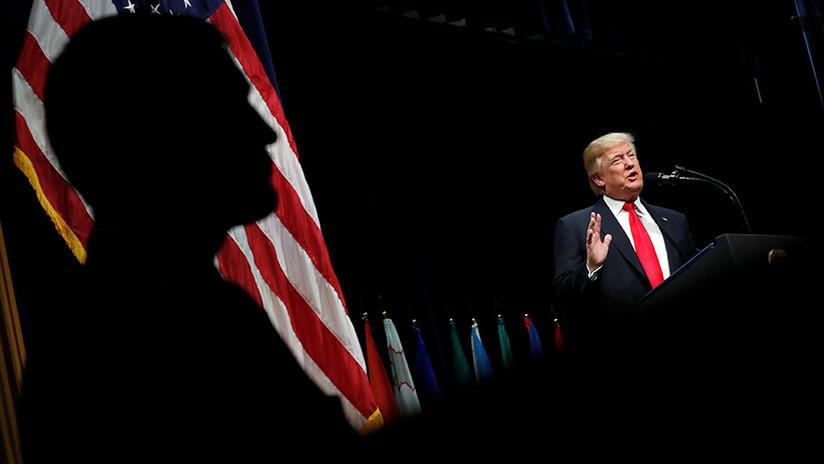 Trump lanzó una campaña para desacreditar a posibles testigos del FBI en la investigación de Mueller