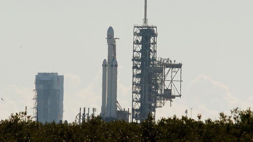Elon Musk prepara el lanzamiento del cohete más potente desde que el hombre llegó a la Luna