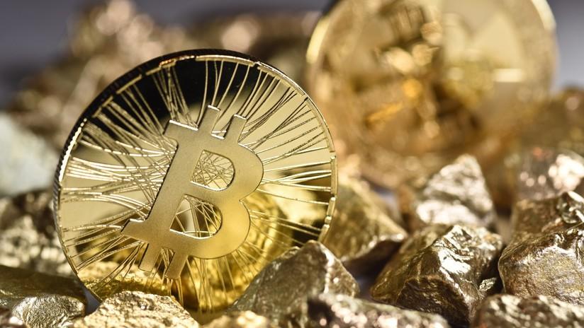 """""""El fraude no es el bitcóin, sino el dólar"""": John McAfee habla del futuro del dinero digital"""