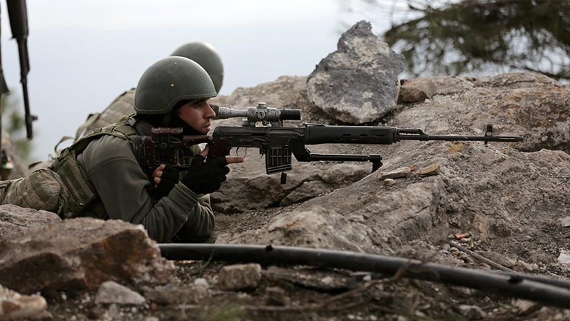 Fuerzas turcas y de la oposición siria expulsan a los kurdos de dos aldeas