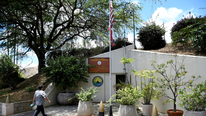 Despiden al empleado que envió la falsa alarma de ataque nuclear a Hawái
