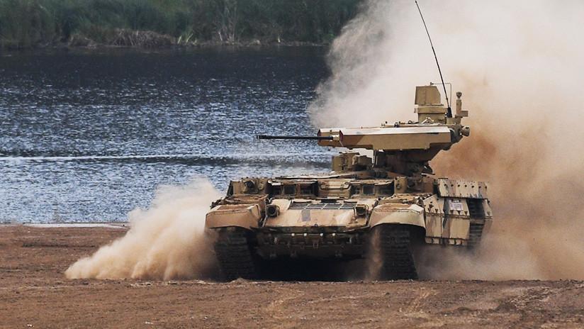 El Ejército ruso se equipa con el carro de soporte para tanques 'Terminator' (FOTOS, VIDEO)