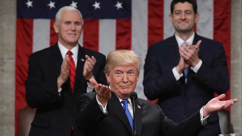 VIDEO: Montaje con Trump aplaudiéndose a sí mismo durante casi seis minutos se hace viral en la Red