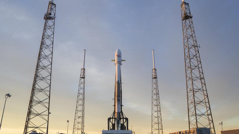 El cohete Falcon 9 de SpaceX pone un nuevo satélite de comunicaciones en órbita (VIDEO)
