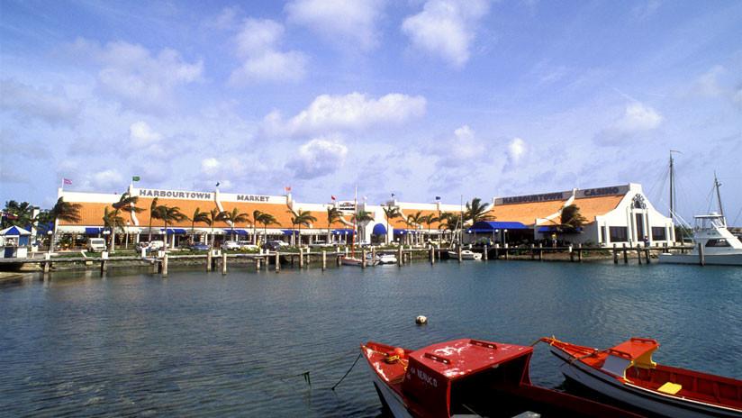 Pasajeros con destino a Aruba, Curazao y Bonaire siguen esperando en Maiquetía