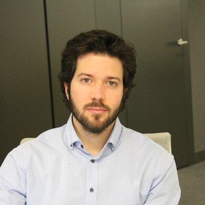 Arnau Pérez, analista político