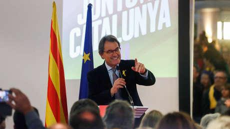 Expresidente catalán Artur Mas antes de una manifestación independentista en Bruselas. 6 de diciembre, 2017.