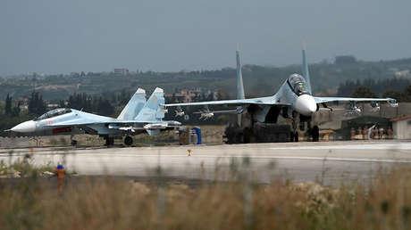 Aviones militares rusos en la base de Jmeimim, Siria, el 4 de mayo de 2016.
