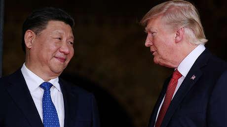 El presidente chino Xi Jinping con su homólogo estadounidense Donald Trump.