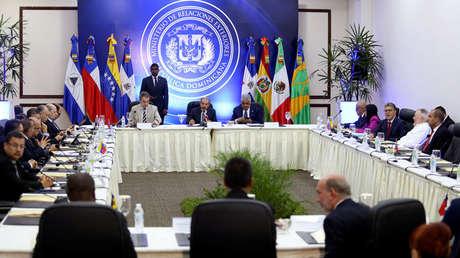Delegados del Gobierno venezolano y la coalición opositora en Santo Domingo, República Dominicana, el 12 de enero de 2018.