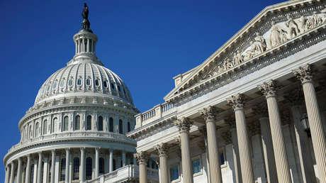 El domo del Capitolio de los EE. UU. y el Senado de EE. UU. en Washington, 2 de agosto de 2011.