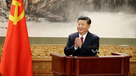 Xi Jinping ofreciendo un discurso