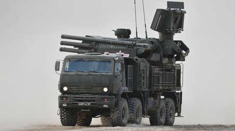 Un sistema antiaéreo Pántsir-S1 es expuesto durante el foro militar internacional 'Army 2017'.