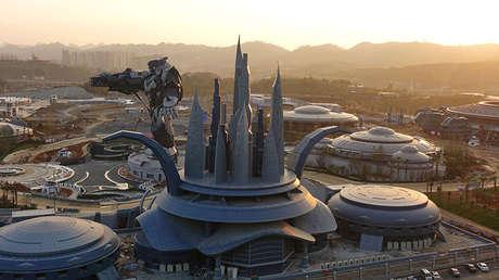 El parque temático 'El Valle Oriental de la Ciencia Ficción' en Guiyang, China, el 16 de noviembre de 2017.