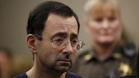 Larry Nassar durante la audiencia de sentencia en Lansing (Míchigan, EE.UU.), el 24 de enero de 2018.