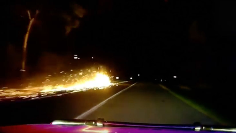 VIDEO: Policía australiana persigue una bola de fuego por una autopista